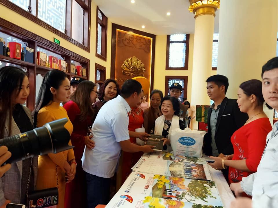 Chủ tịch Trần Nhật Minh gặp gỡ nguyên chủ tịch nước Trương Mỹ Hoa